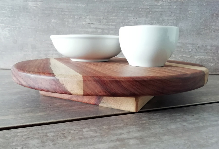Lazy Susan in various sizes